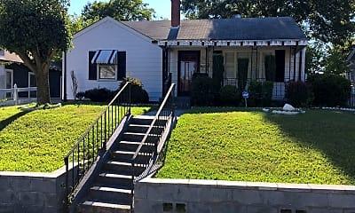 Building, 916 Sevier St, 0