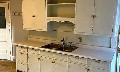 Kitchen, 903 26th St S, 0