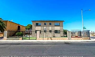 Building, 2937 E Elm Ave, 1