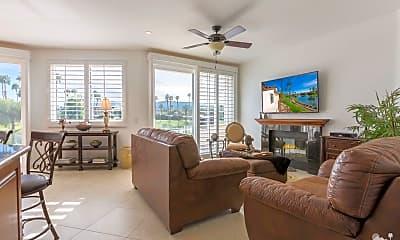Living Room, 38061 Crocus Ln, 2