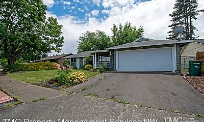 Building, 23654 SE Oak St, 2