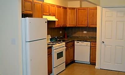 Kitchen, 2320 Beaumont Ave, 0