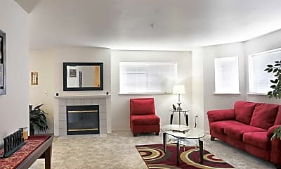 Living Room, Willow Pointe, 1