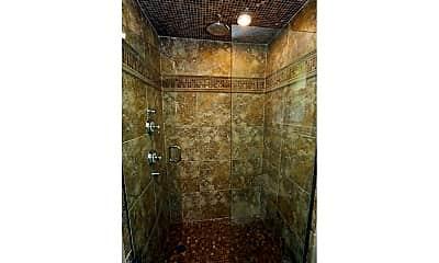Bathroom, 659 Palm Cir E, 2