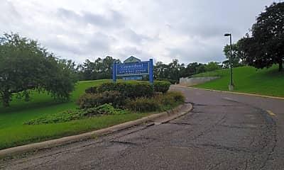 Oak Ridge Manor, 1