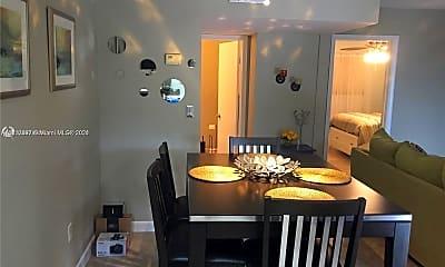 Dining Room, 421 NE 1st St 212, 1