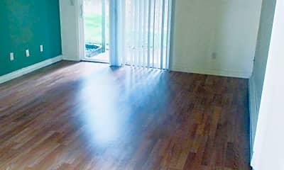 Living Room, 252 NE Kane Dr, 0