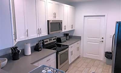 Kitchen, 2362 SW 18th Ave, 2