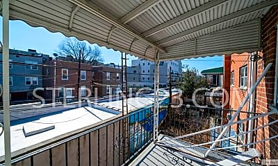 Patio / Deck, 21-43 32nd St, 1