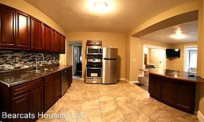 Kitchen, 61 Leroy St, 2