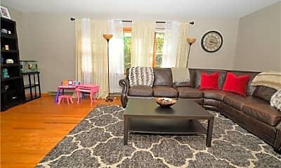 Living Room, 174 Stadley Rough Rd, 1