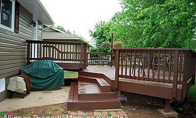 Patio / Deck, 3427 Woods Dr, 2