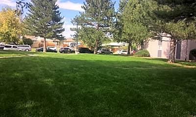 Cedar Gardens, 2