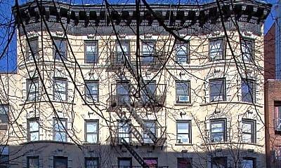 Building, 315 E 84th St, 2