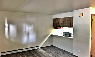 Living Room, 4003 Minnesota Dr, 0