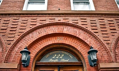 222 Pacific St 2A, 2