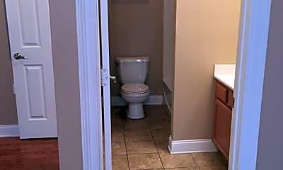 Bathroom, 209 Penny Ln, 2