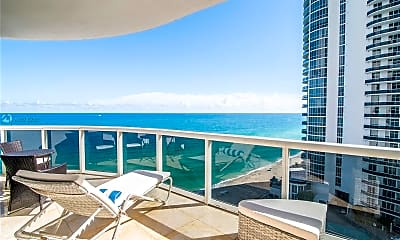 Pool, 15901 Collins Ave 1402, 0