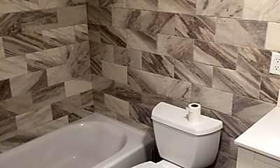 Bathroom, 54 Poplar Ave, 2