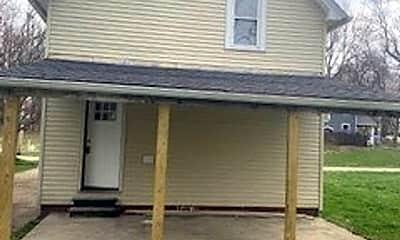 Building, 130 Hayward Ave, 2