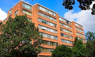 Building, Connecticut Park Apartments, 1