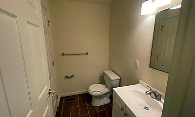 Bathroom, 706 S 13th St, 2