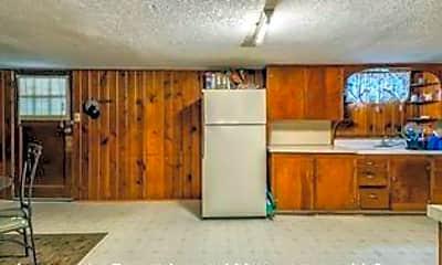 Kitchen, 1523 7th St N, 1