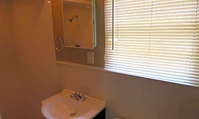 Bathroom, 2111 14th St, 2