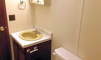 Bathroom, 302 Lincoln St, 2