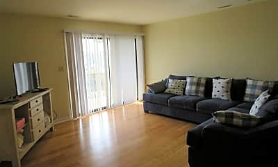 Living Room, 9100 Reed Dr, 1