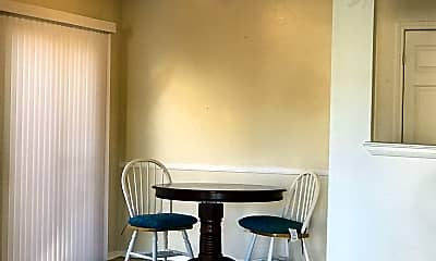 Dining Room, 7502 Oak Chase, 2