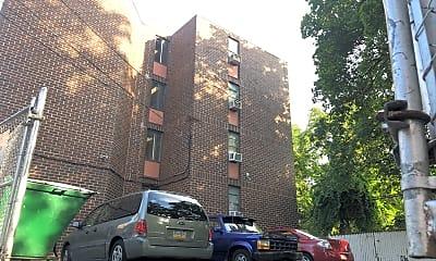Enon-Toland Apartments, 2