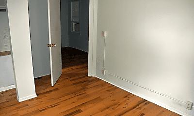 Bedroom, 624 S Lansing St, 2