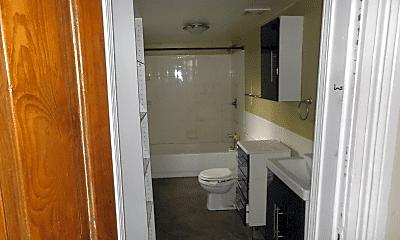 Bathroom, 343 Jefferson St, 1