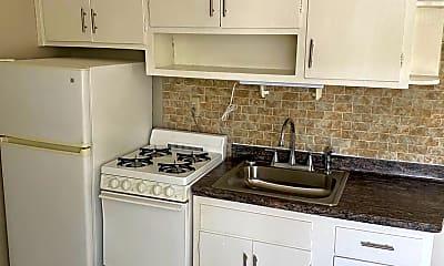 Kitchen, 1709 E Park Pl, 1