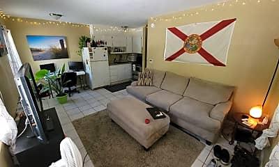 Living Room, 914 Hart St, 0