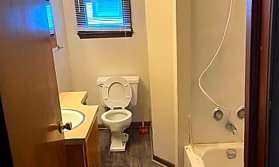 Bathroom, 107 Glen Ave, 2