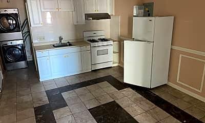 Kitchen, 1104 Spring Garden St, 1