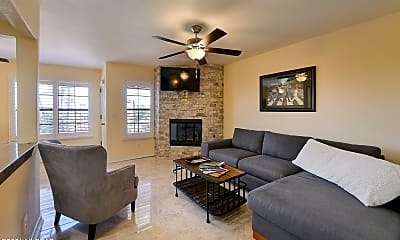 Living Room, 6651 N Campbell Ave 211, 0