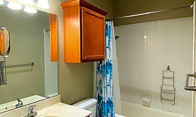 Bathroom, 2112 Main St Unit 1, 2