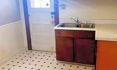 Kitchen, 1439 Prouty Ave, 1