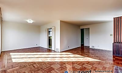 Living Room, 39 Oaklawn Drive, 1