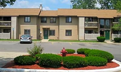 Knollview Apartments, 1