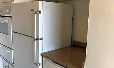 Kitchen, 10401 Grosvenor Pl 1007, 1