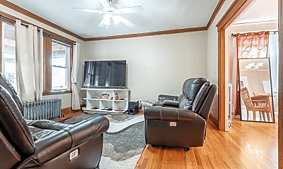 Living Room, 29 Bromfield St, 2