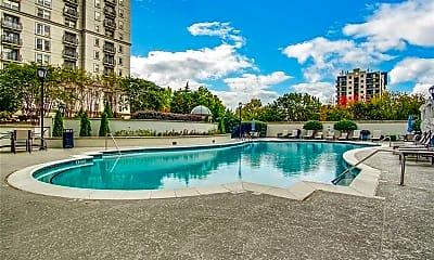 Pool, 195 14th St NE 1412, 2