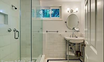 Bathroom, 1912 Hillcrest Rd, 2