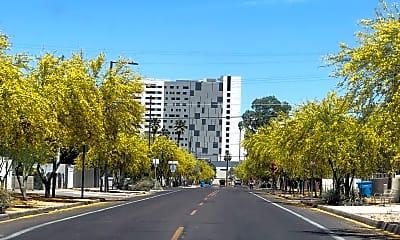 Building, 328 N 11th Pl C, 2