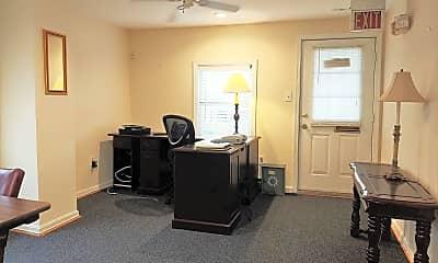 Living Room, 6328 Catlett Rd, 0