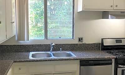 Kitchen, 825 S Windsor Blvd, 1